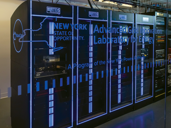 Лаборатория AGILe (штат Нью-Йорк) использует симулятор RTDS для исследований интеллектуальных сетей